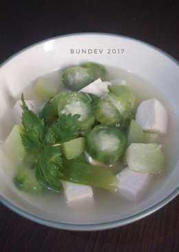Sup Oyong Tahu Labu Siam