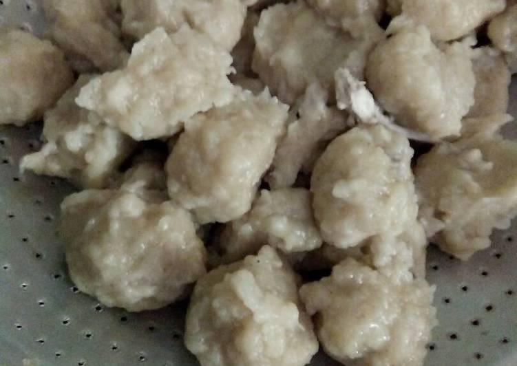 resep cilok pentol ayam oleh aliyah cookpad rh cookpad com cara membuat pentol cilok goreng cara membuat pentol cilok ayam