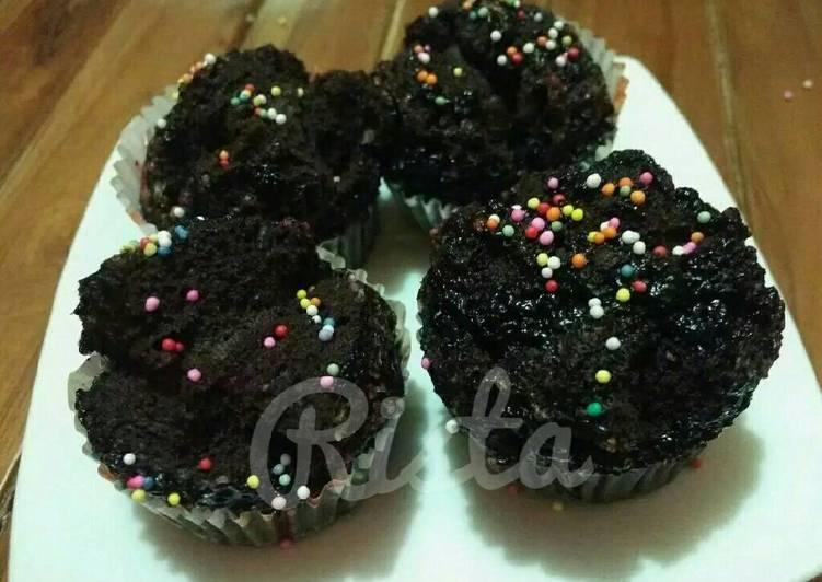 Resep Cupcake kukus coklat lumer Dari mariarista