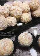 Nastar Almond