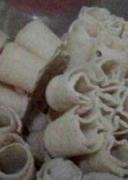 Kembang goyang(saroja)