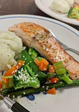 Garlic Butter Salmon Steak