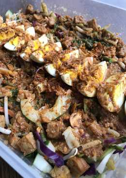 Gado-Gado Siram Meriah (full sayuran)