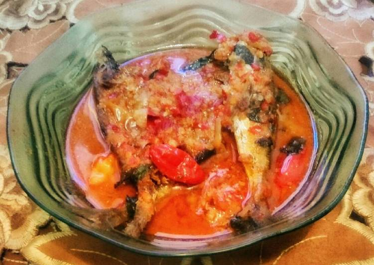 Ikan Kuah Kemangi Pedas