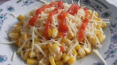 Sweet cheese corn (jasuke)