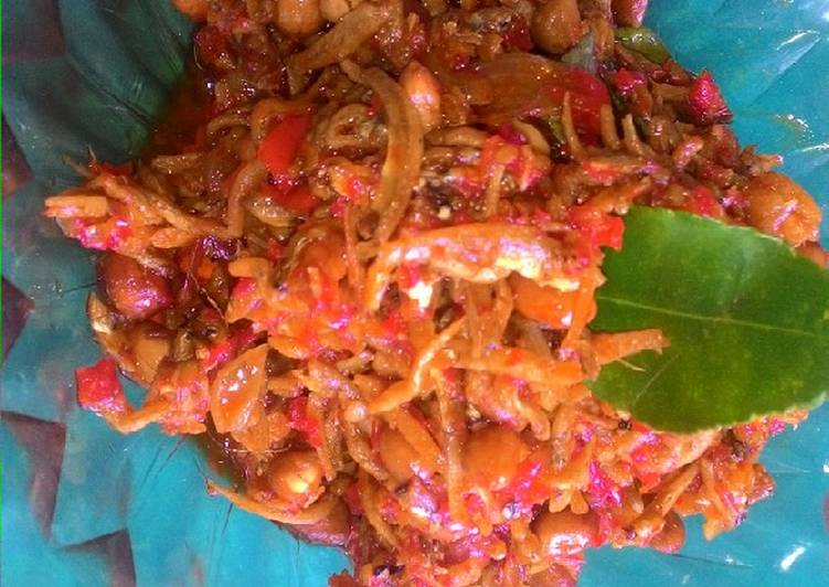 Resep Teri medan kacang balado Karya novita maulana