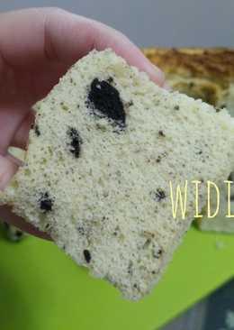 Vanilla Oreo Chiffon Cake