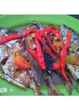 Ikan kuwe merah merona