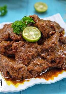 Lapis daging sapi