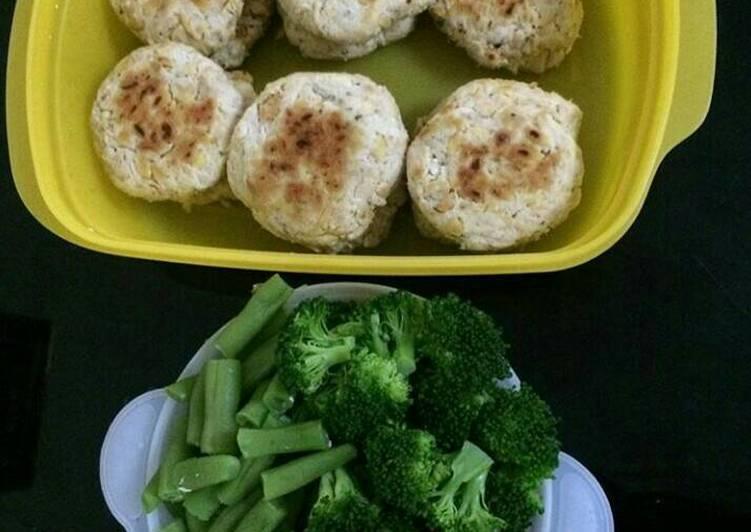 Resep Steak dada ayam dan tempe buat diet, no oil,pake teflon - SheLi ApriLia