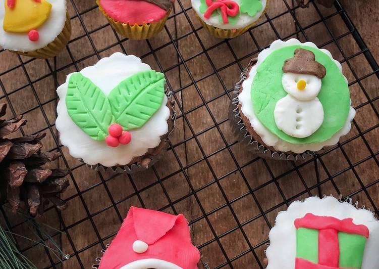 Resep Decorated Fondant Cupcakes Oleh Frielingga Sit Cookpad
