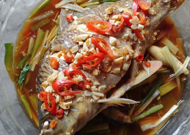 Ikan Mas Kukus ala Thailand