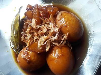 Semur kentang telur