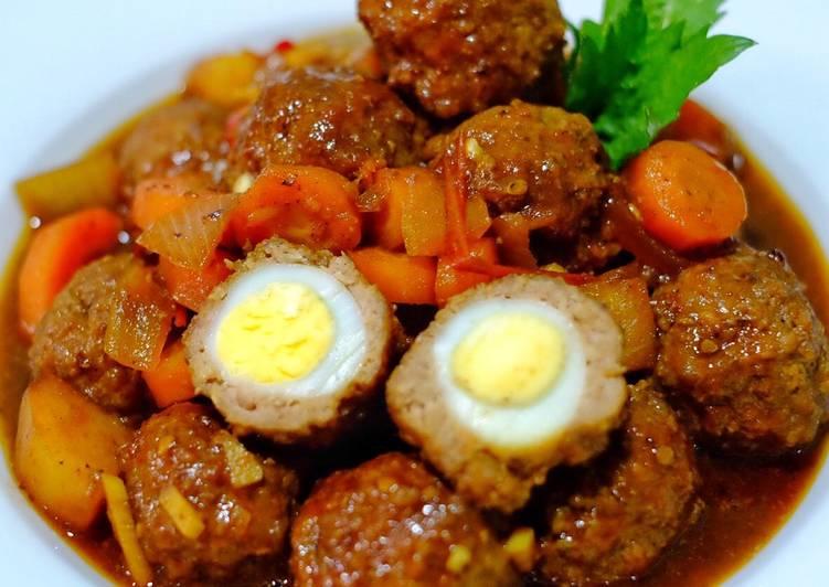 Semur Bola2 Daging isi telur Puyuh