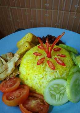 Nasi Kuning sederhana dan mudah (magicom)
