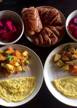 Healthy and colorful breakfast (Ala anak kos)