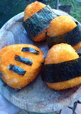 Onigiri Crispy isi Daging ayam
