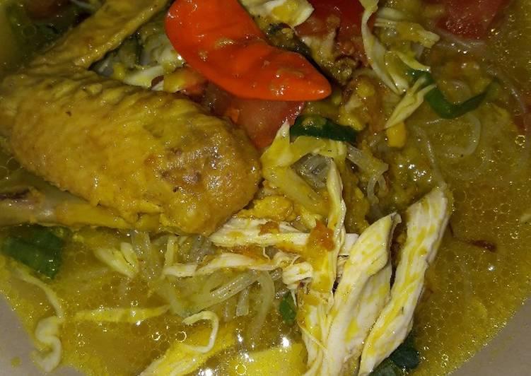 Resep Soto ayam bening gampang Karya Dinny Apriliani