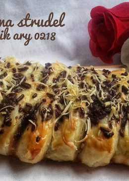 Choco banana strudel homemade