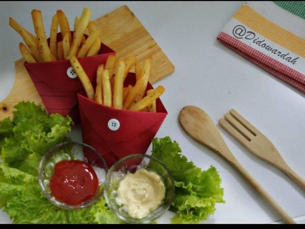Membuat Kentang Goreng Renyah Ala KFC Anti Gagal