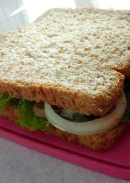 Sandwich Sosis ayam (diet)