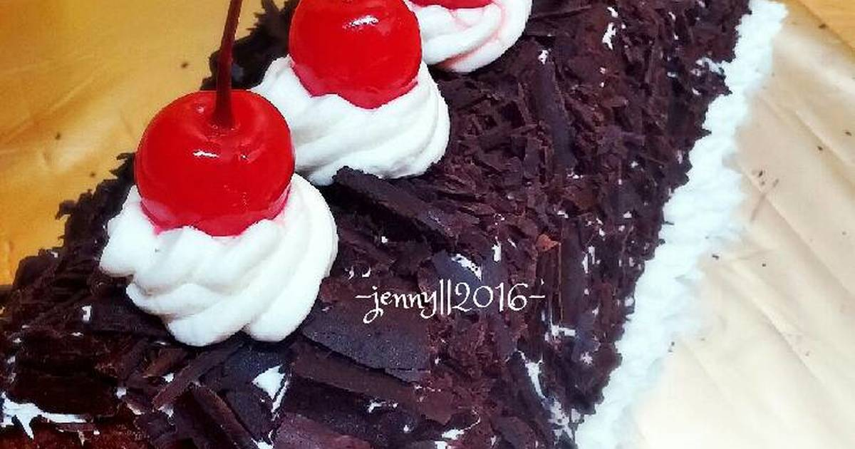 Resep Blackforest Roll Cake for My Beloved Husband Birthday 💋💋