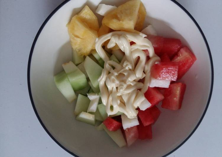 Salad Buah Praktis