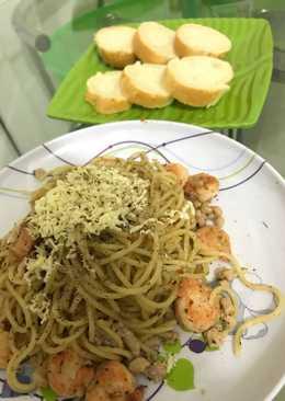 Spaghetti aglio olio udang+tuna