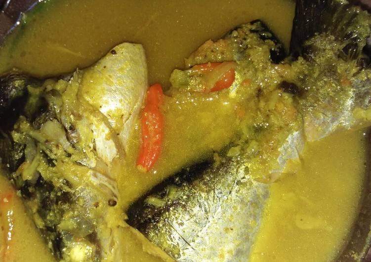 Resep Ikan patin bumbu kuning - Saskia Aidaputri
