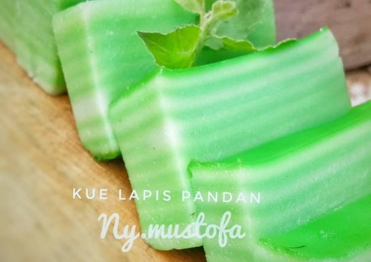 Resep Kue Lapis Pandan #kamismanis #StepByStep Oleh Ny_Mustofa