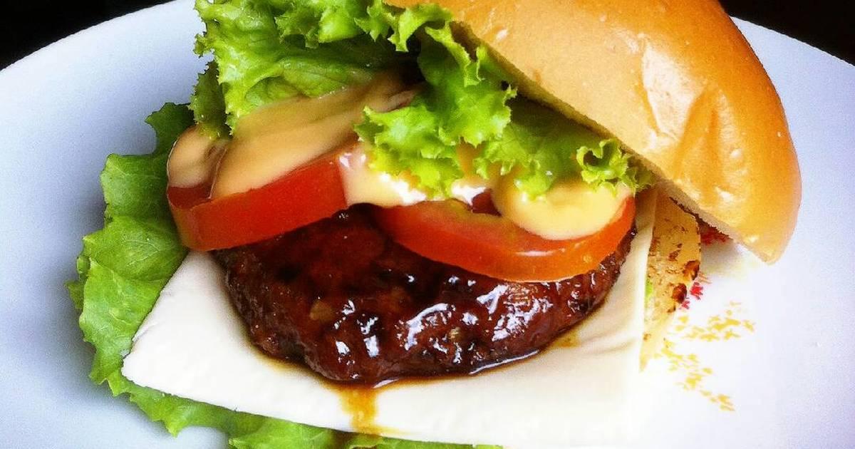 Hasil gambar untuk Burger ayam teriyaki lezat