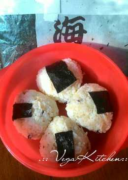 Onigiri ayam simple