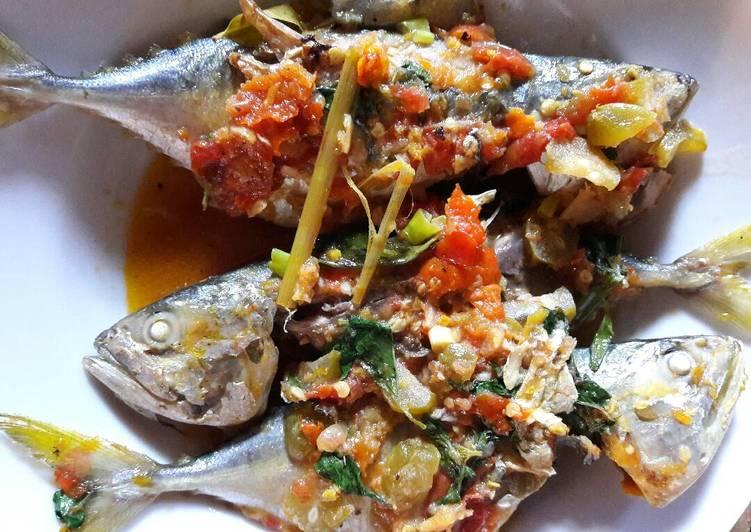 Resep Ikan Kembung Panggang Masak Woku Dari PAWON YU LIMBUK, Kuliner Dan Sambal Nusantara