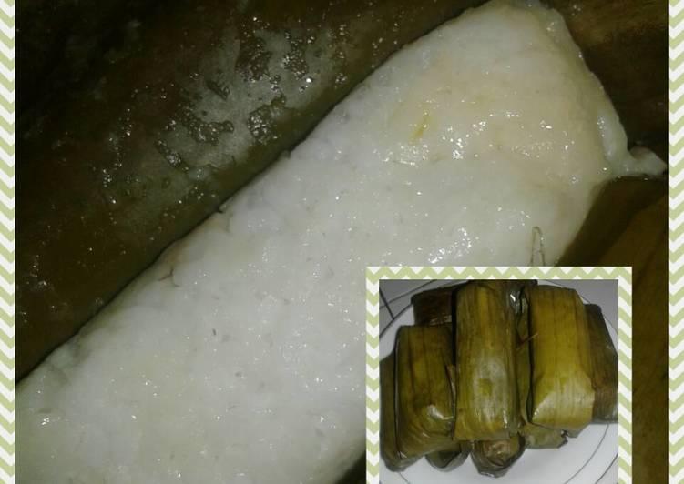 Resep Buras aka Lontong isi Oncom - Tri Musyanti