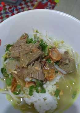 Soto Segerrr (soto daging bening)