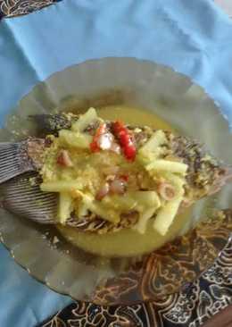 Gurami masak acar kuning