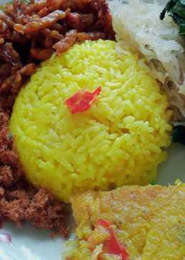 Nasi kuning magicom mudah
