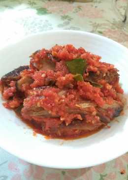 Ikan tongkol balado