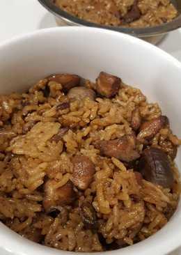 Lo mai gai (nasi tim mirip beras ketan)