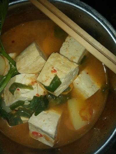 Sundubu jjigae(sup tahu pedas ala korea)