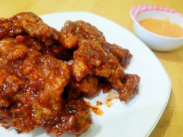 Fire Chicken ala Richeese with Cheese Sauce (Ayam Pedas)