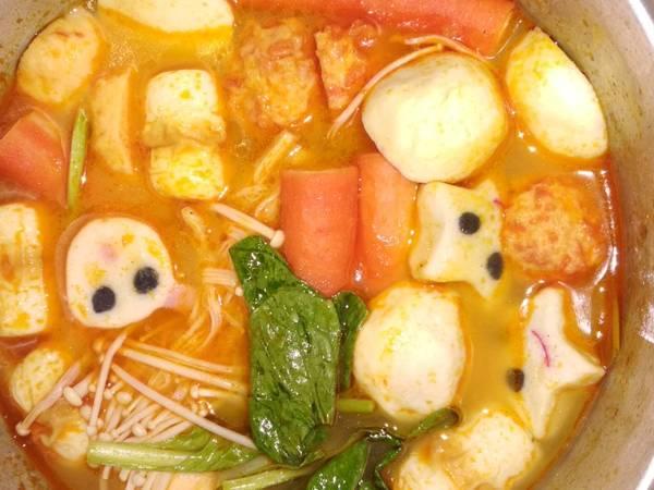 Suki Tomyam Bakso Seafood