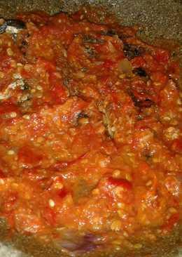 Ikan asap sambel tomat(khas pekalongan)