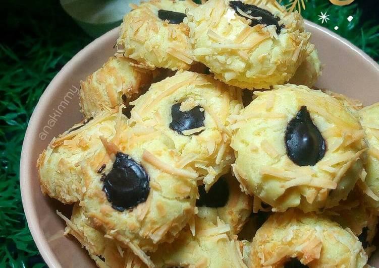 Chocolate Thumbprint Cookies