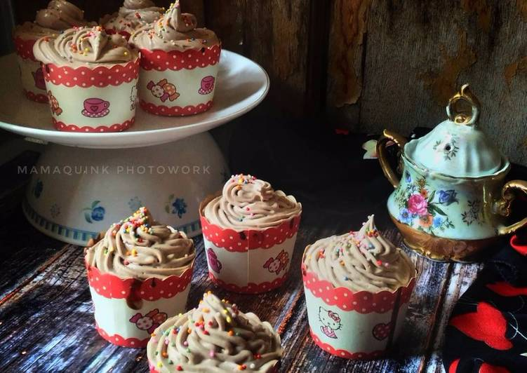 Resep Chocolate Cupcakes Oleh Mamaquink