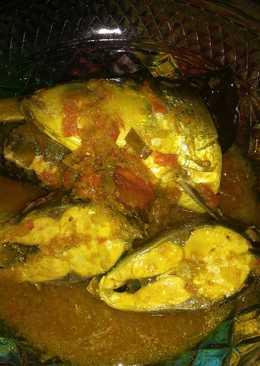Ikan bandeng bumbu kuning