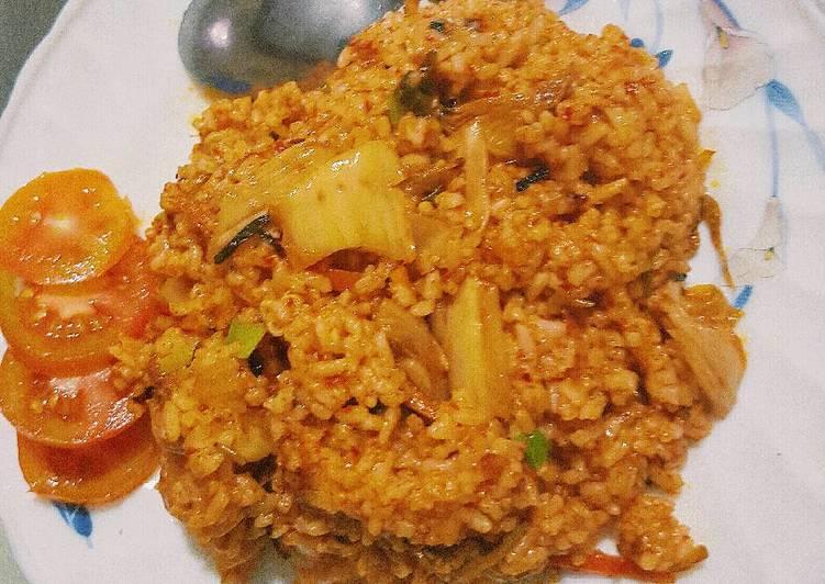 Kimchi Bokkeumbap (Kimchi Fried Rice - Nasi Goreng Kimchi)