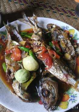 Ikan sarden kecap