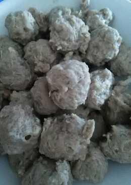 Bakso sapi kenyal (memakai daging frozen)-recook Fitri Sasmaya