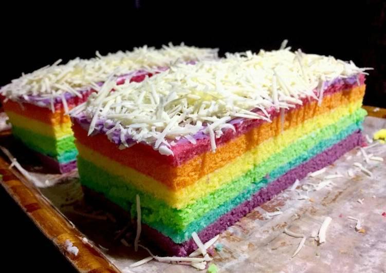 Resep Rainbow Cake Kukus Istimewa: Resep Rainbow Cake Kukus Oleh Nurul Indriani